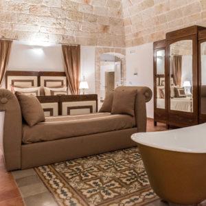 Gold-suite